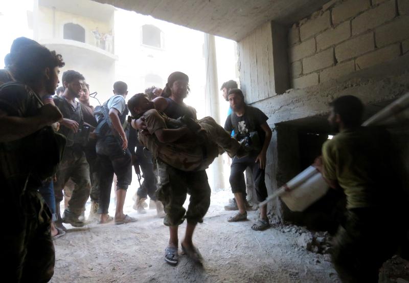أكثر من 40 قتيلاً وجريحاً من المسلحين في غارةٍ جنوبي حلب (الأناضول)