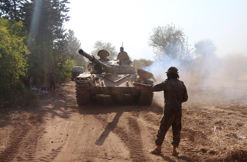 فشل المسلحون في الحفاظ على منطقة معامل البرادات شرقي الراموسة (الأناضول)