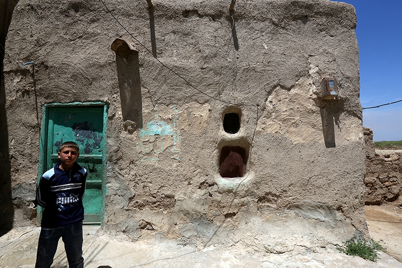 بيت طيني في قرية القصر في البقاع (هيثم الموسوي)
