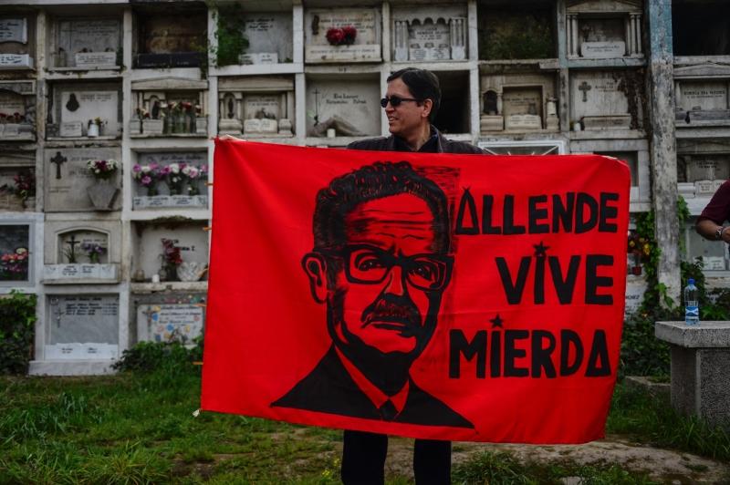 أعلنت أليندي ترشحها في الذكرى الـ43 للانقلاب الذي أخرج والدها من الحكم (أ ف ب)