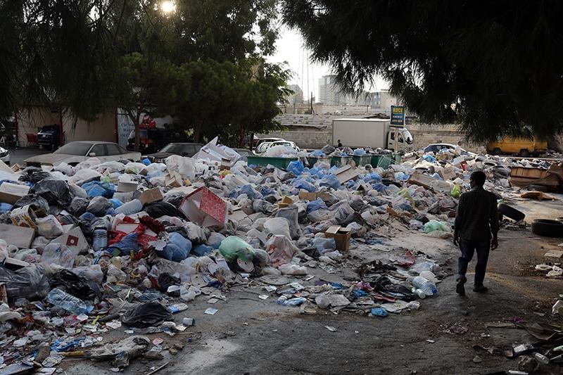 جدّدت بلدية برج حمود رفضها استقبال النفايات القديمة (مروان طحطح)