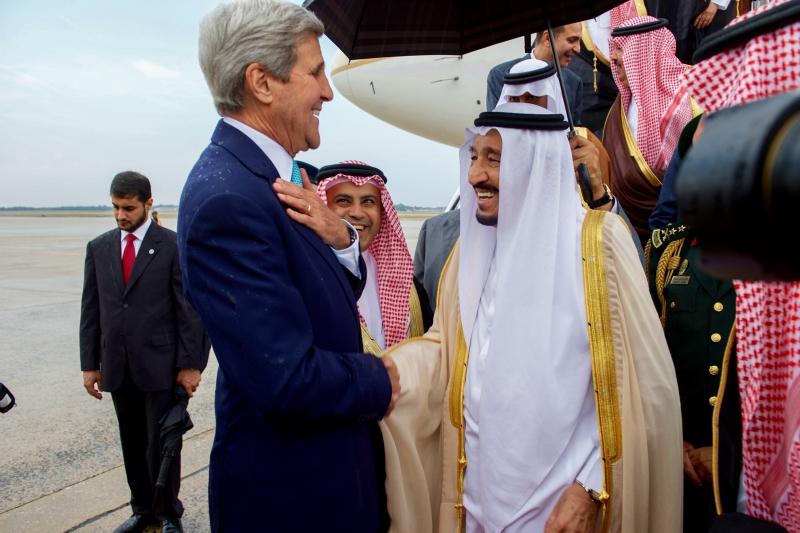 نصح الأميركيون السعوديين بأن يستخدم جيشهم جنوداً أكْفاء لقيادة المركبات الأميركية (عن الويب)