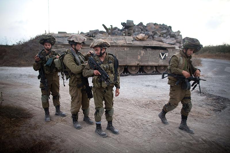 يتعارض سيناريو المناورة مع تسليم تل أبيب بمعادلة الردع المتبادل مع حزب الله (أرشيف)
