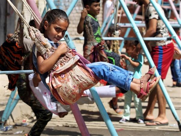 العراق | «إجازة اختيارية» من 5 سنوات: خطة حكومية لمواجهة الأزمة المالية !