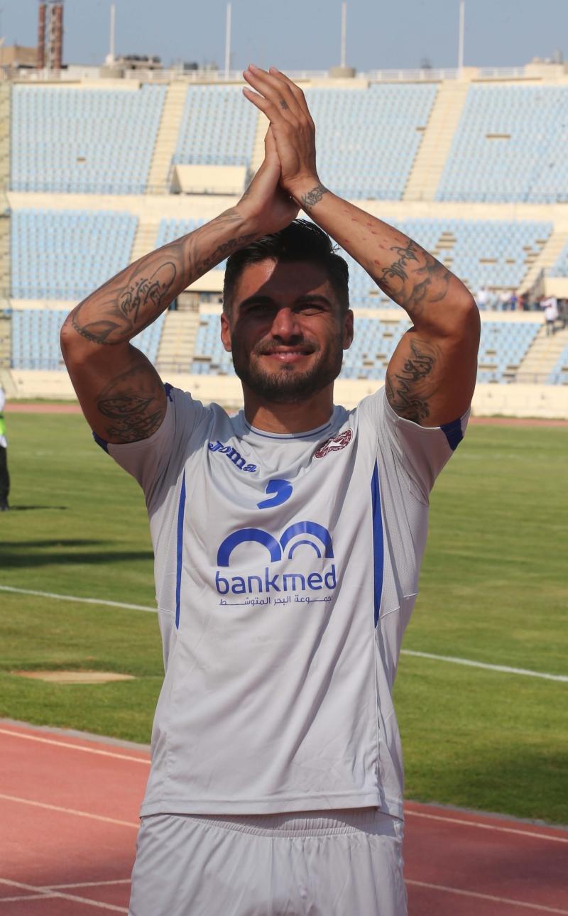 ارتدى محمد قميص النجمة، لكنه لم يلعب معه (عدنان الحاج علي)