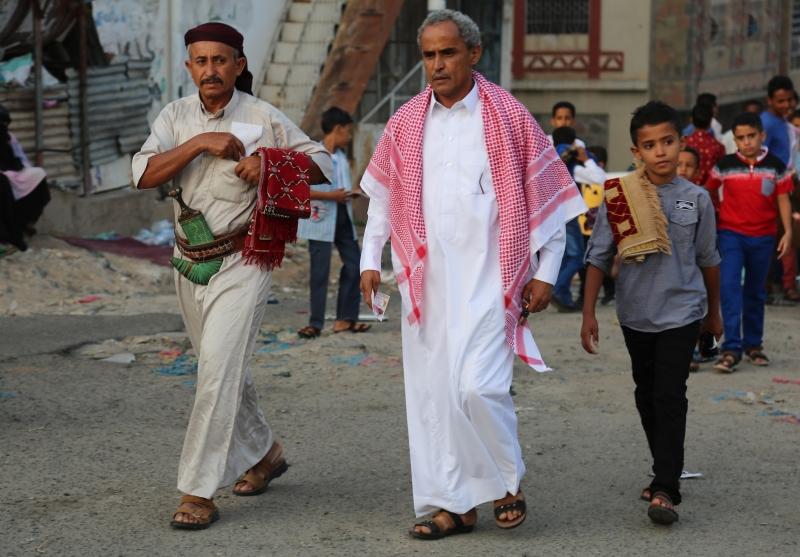 دشنت أبو ظبي حرباً غير معلنة على «الإصلاح» في الجنوب بدأت بإسقاط محافظ عدن (الأناضول)