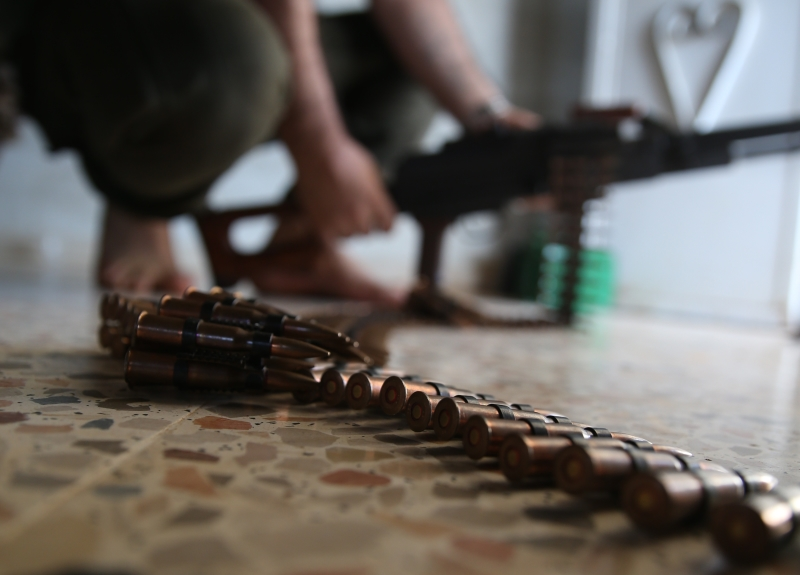 أفشل الجيش السوري معركتين ضدّه في ريفيّ القنيطرة ودرعا بإدارة إسرائيلية (الأناضول)