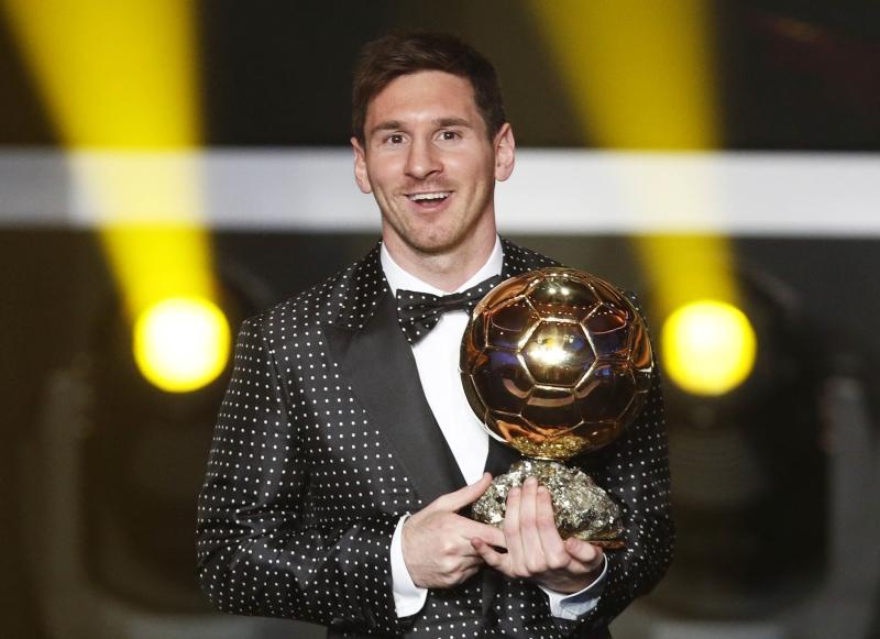 احتكر ميسي ورونالدو الكرة الذهبية منذ عام 2010