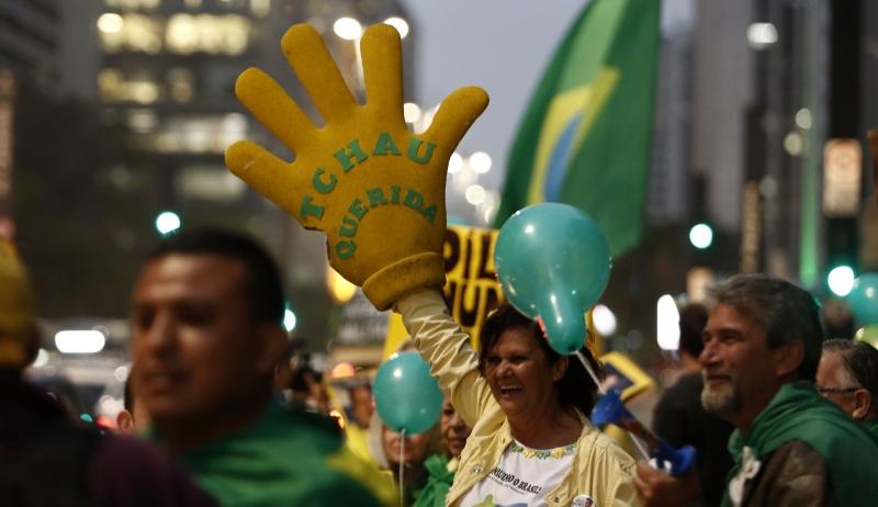 استدعت فنزويلا والإكوادور وبوليفيا سفراءها من البرازيل