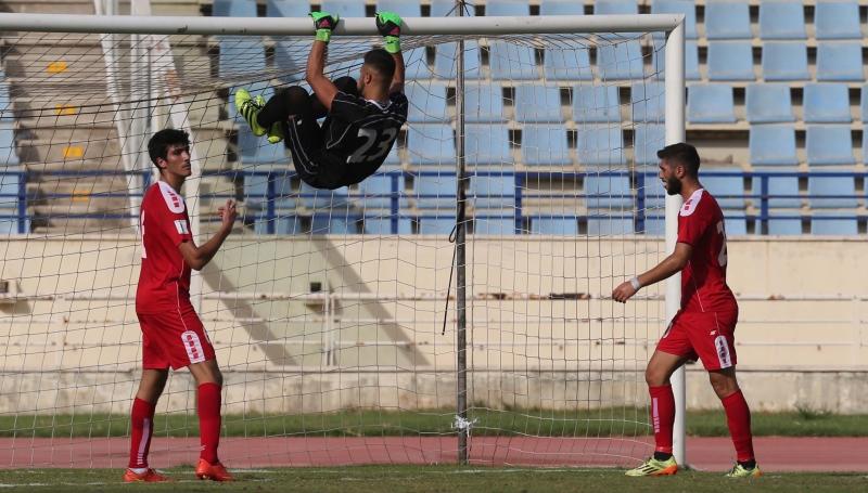 برز من المنتخب الأولمبي اللبناني حارسه محمد طه