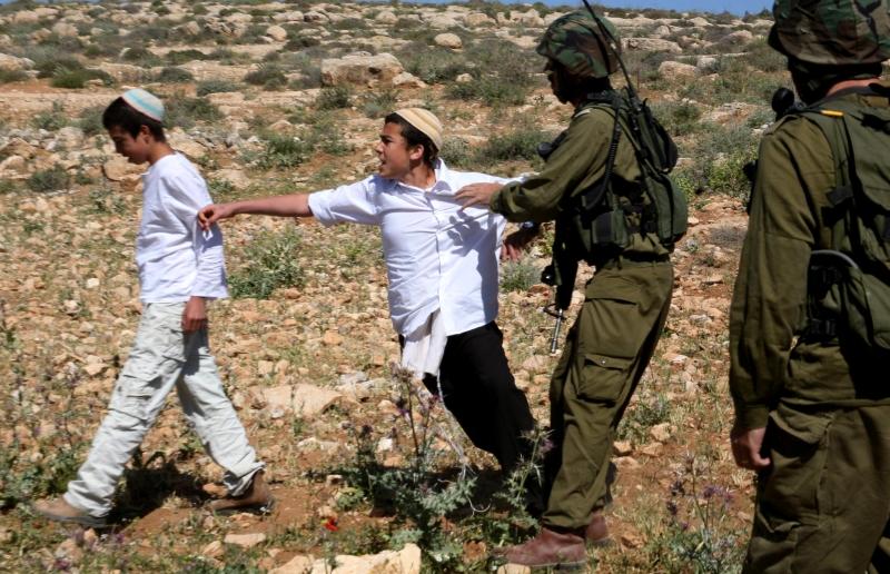 ما يحدث ينفي أن الجيش استطاع إعادة قولبة المجتمع الإسرائيلي (آي بي ايه)