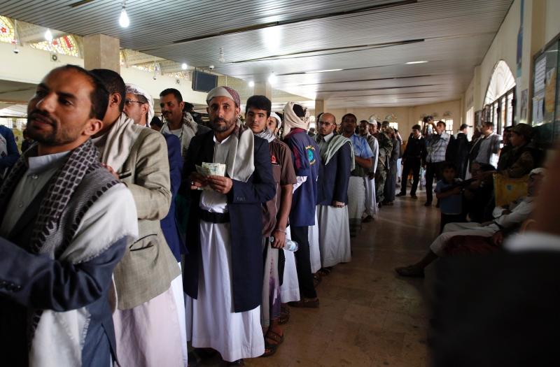 حمّلت الأمم المتحدة والمجتمع الدولي حكومة هادي كامل المسؤولية عن أيّ تداعيات إنسانية لهذا الإجراء...