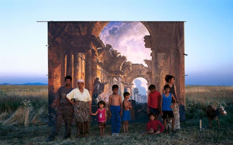 من La Grande Galerie لدانيكا دانيتش (100×129 سنتم ــ 2004)