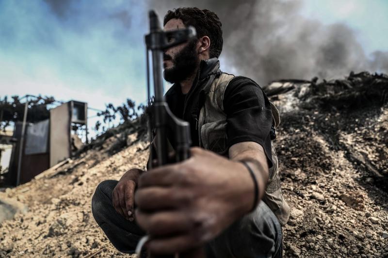 يريد الجيش السوري وحلفاؤه استعادة كل ما خسروه منذ بداية آب الماضي، وفي خططهم توسيع رقعة الأمان حول مدينة حلب (أ ف ب)