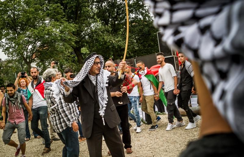 لم يتأخر الشعب العربي الفلسطيني في امتصاص صدمة النكبة اجتماعياً واقتصادياً (الأناضول)