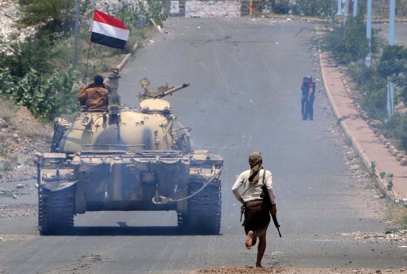 قُتل عدد من الجنود السعوديين بعدما استدرجتهم القوات اليمنية إلى تباب منطقة الشيباني (أ ف ب)