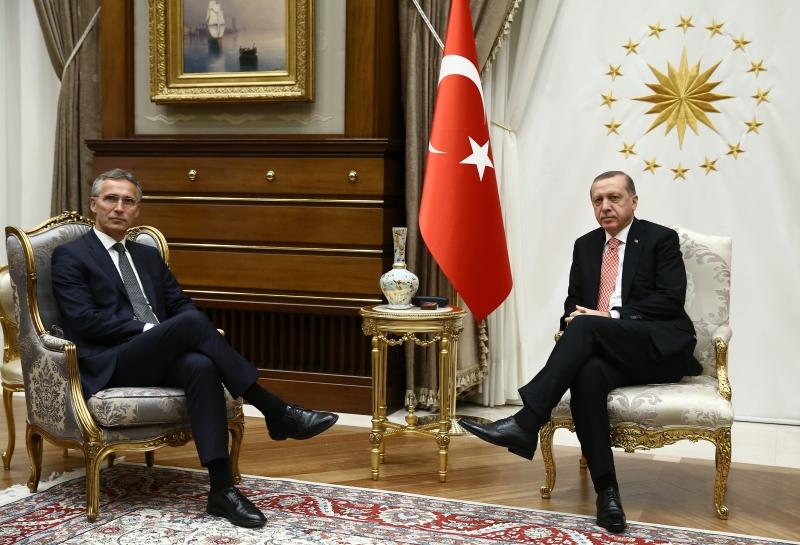 ستولتنبرغ: سنعزز تواجدنا العسكري في تركيا (الأناضول)