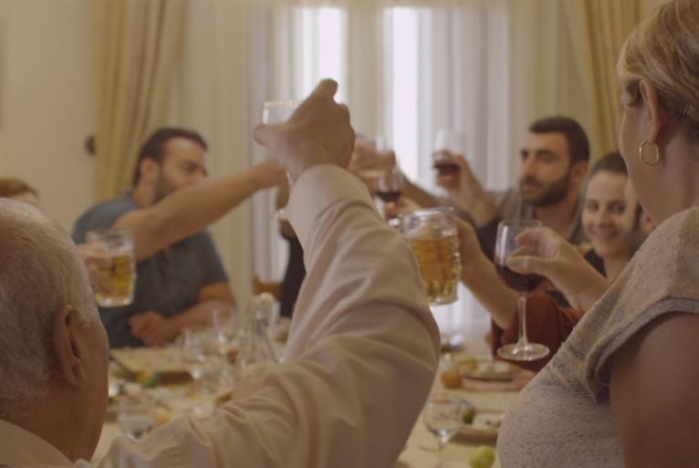 «غداء العيد» متوّجاً في فرنسا