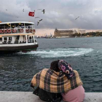 هبوط الليرة يشجّع السيّاح: لنا التوفير ولأردوغان الدولارات!