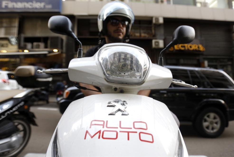 «موتو تاكسي»: «الوجه الجميل» لموتوسيكلات بيروت!