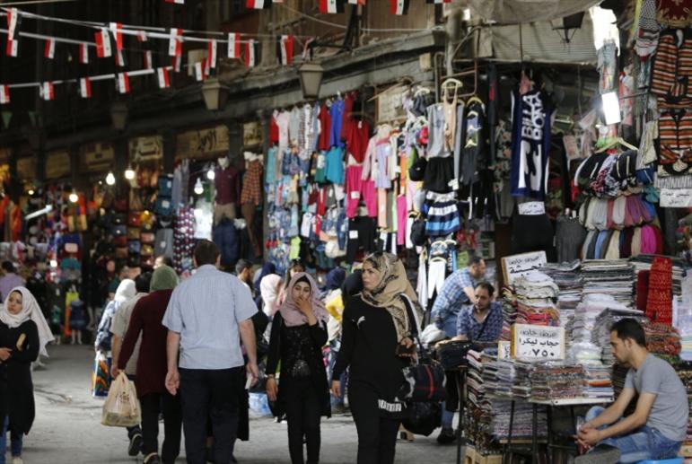 «اقتصاد الظل» يتمدّد: «بسطات» السوريين مقامات!