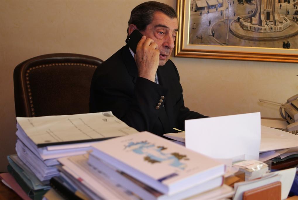 قانون «النفط في البر»: وزير الطاقة وحيداً
