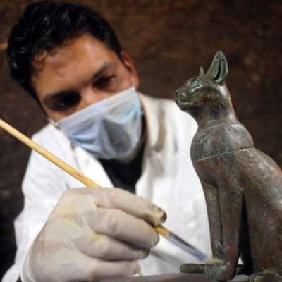 مصر: اكتشاف 7 مقابر أثرية في سقارة