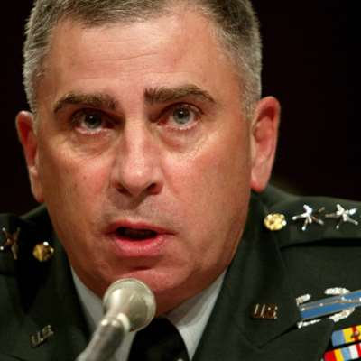 قائد عسكري خلال حرب العراق سفيراً في الرياض