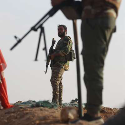 بين العراق وسوريا: «داعش» يستدعي أعداءه