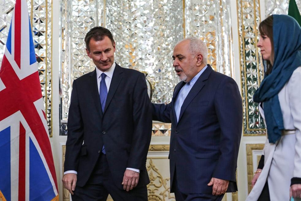«هانت» في طهران: جرعة دعم لنظام تخطّي العقوبات
