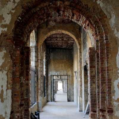المباني التراثية «تحميها» قوانين «أكثر تراثية»