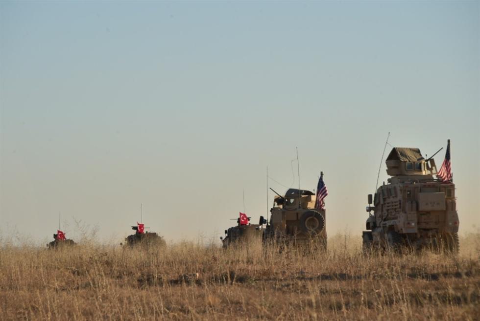 دوريات مع أنقرة... و«الوحدات» الكردية: واشنطن تراهن على ضمان التهدئة