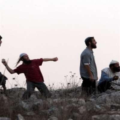 إصابة طلّاب في هجوم للمستوطنين على مدرسة