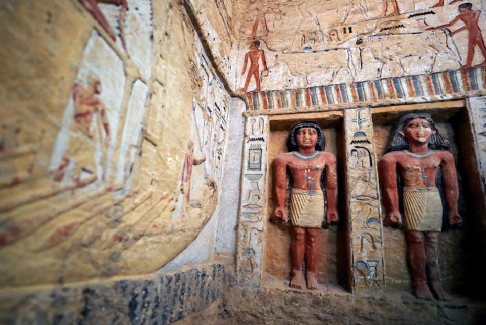 مصر: اكتشاف مقبرة تعود إلى 4400 عام