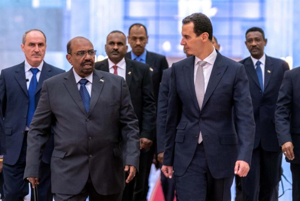 وعيد أميركي... وحلول بديلة لشرقيّ الفرات: الأسد يستقبل البشير في دمشق