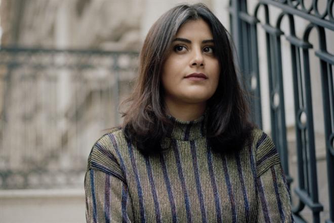 «وول ستريت جورنال»: القحطاني هدّد ناشطة بالاغتصاب والقتل