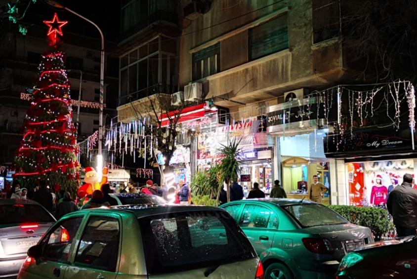 «الميلاد» يطرق أبواب دمشق... فمن يفتح له؟