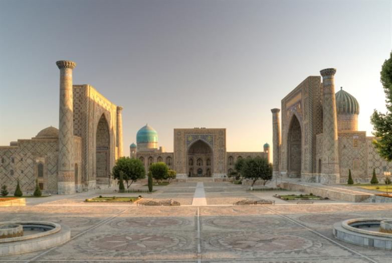 مقالة في الحضارة العربية الإسلامية [2]: نهضَة الكَتبة