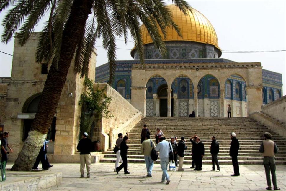 يوسف زيدان وخرافة «المسجد الأقصى في الجعرانة»!