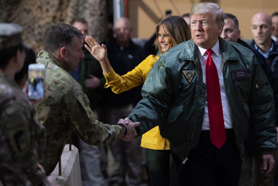 ترامب يحطّ فجأة في الأنبار: العراق قاعدة انطلاقنا