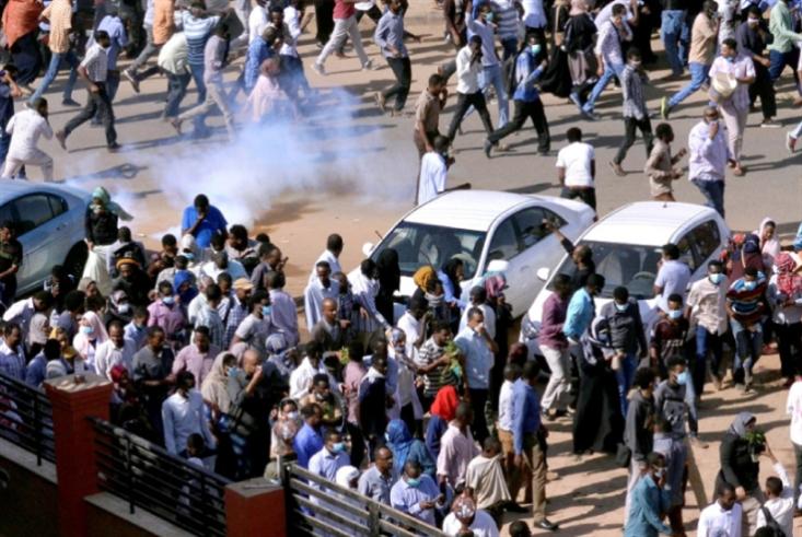 الاحتجاجات مستمرة: «جمعة الشهداء» تدشّن دعوات المعارضة