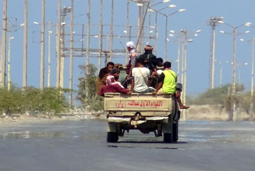 مساعٍ لتعويض الخسائر: حكومة هادي ترفض تطبيق اتفاق الحديدة