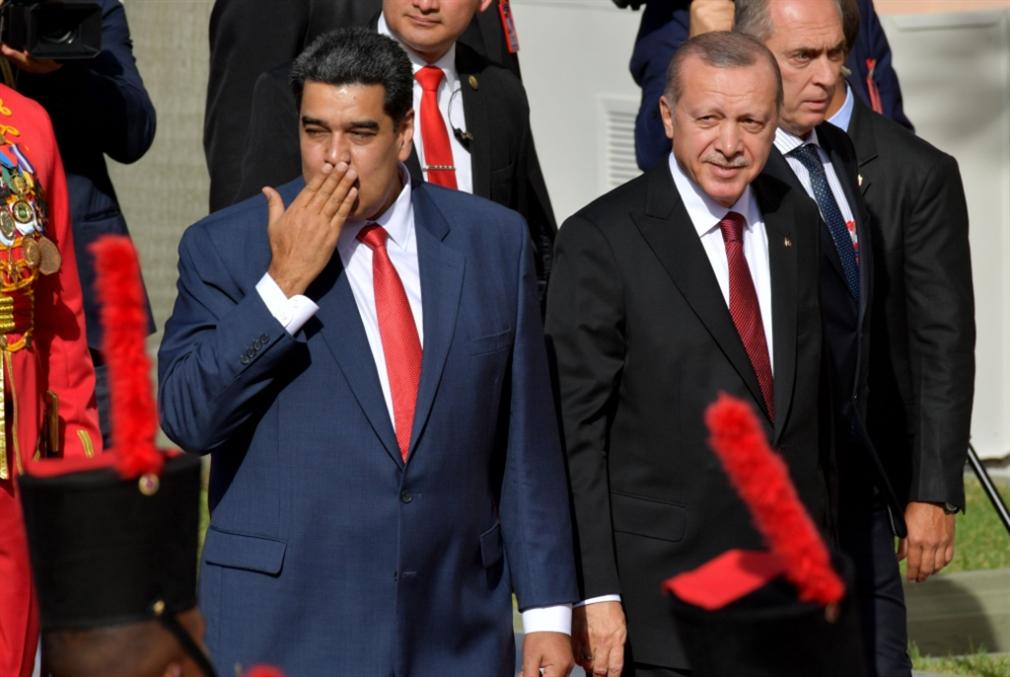 أردوغان في ضيافة مادورو: فرص اقتصادية ورسائل سياسية