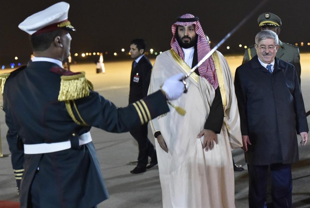 الجزائر | «زكام» يُطيح لقاء الرئيس: صورة الأمير تطغى على الزيارة