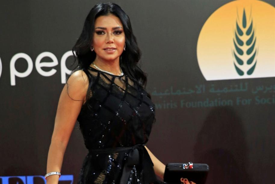 مصر: نقابة الممثلين تضع «معايير» للملابس