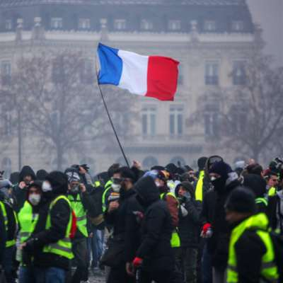 فرنسا... الطبقة الوسطى تريد إسقاط النظام؟