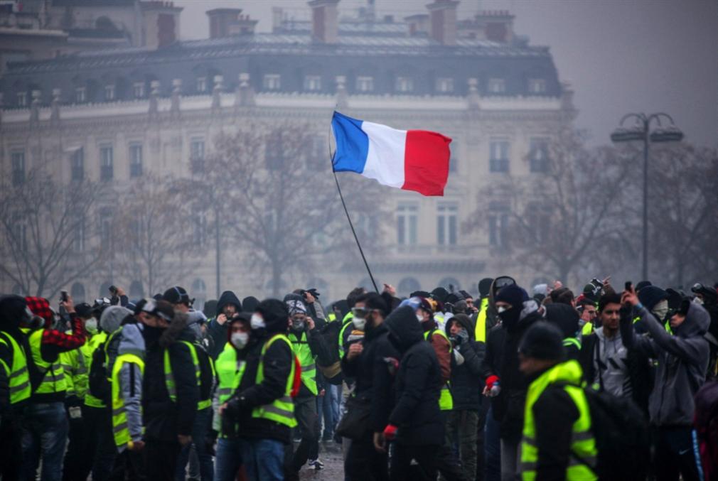 ترامب يمتدح قراره الانسحاب من اتفاق باريس للمناخ