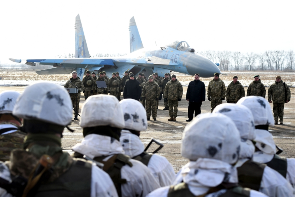 التوتّر يحوم فوق البحر الأسود: واشنطن على خطّ الأزمة... بحراً وجوّاً