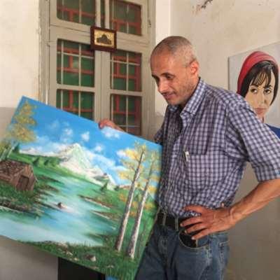 محمود المصري: يلوّن جدران المخيّمات الباهتة