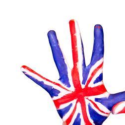 حرب «لغوية» بين الشعبين الأميركي والبريطاني